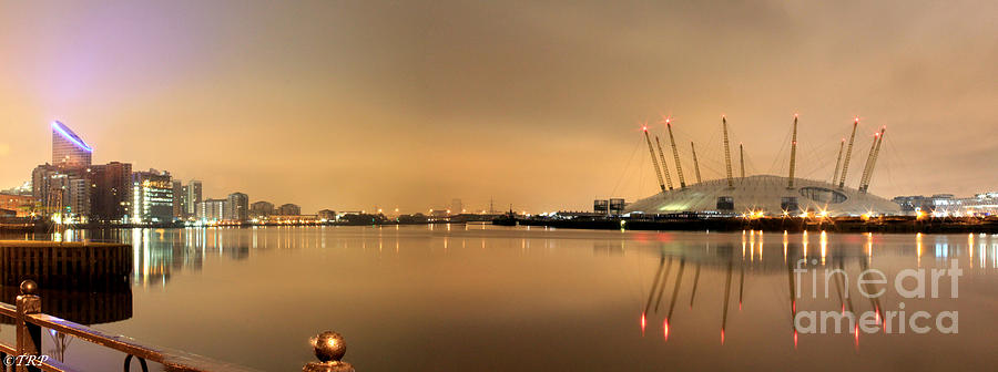 Dome Photograph - The O2 Arena by Size X