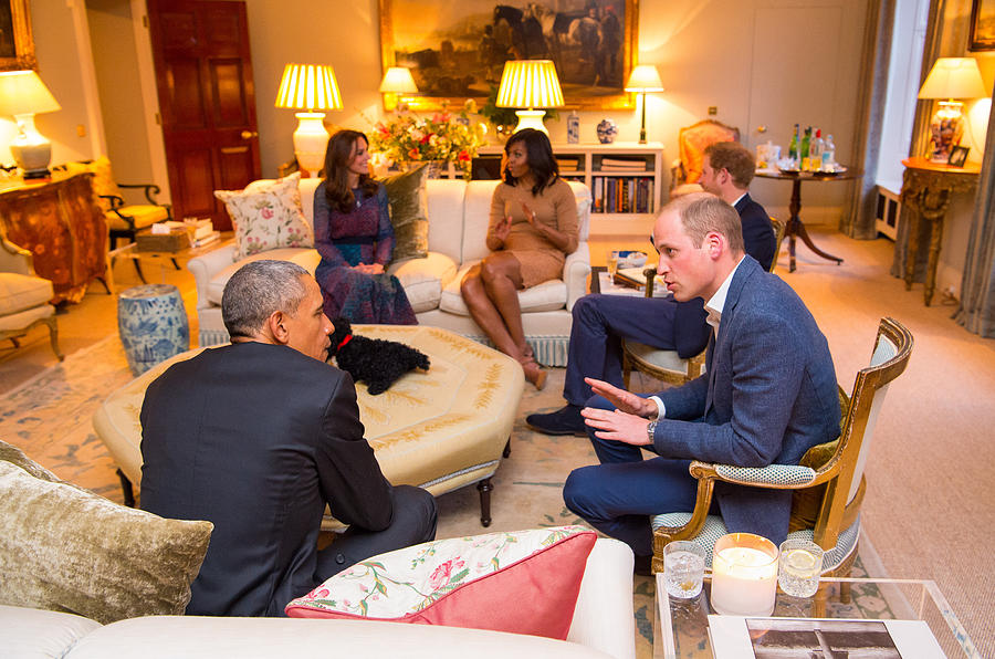 The Obamas Dine At Kensington Palace Photograph by WPA Pool