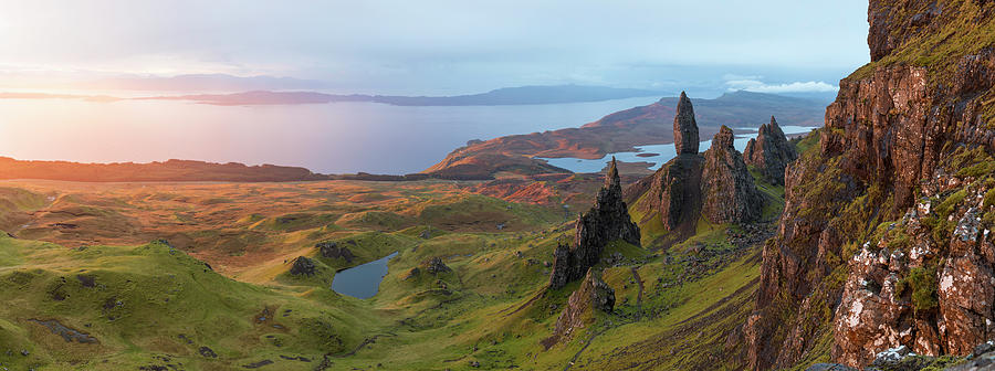 The Old Man Of Storr Trotternish, Isle Photograph by Peter Adams
