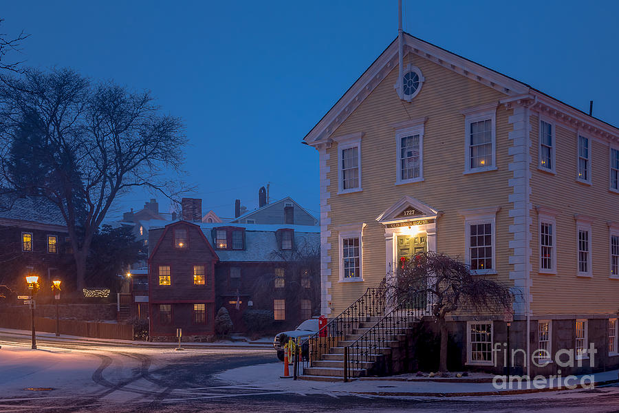 America Photograph - The Old Town House by Susan Cole Kelly