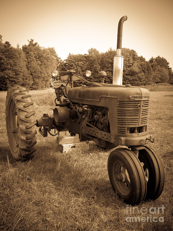 Sepia Photograph - The Old Tractor Sepia by Edward Fielding