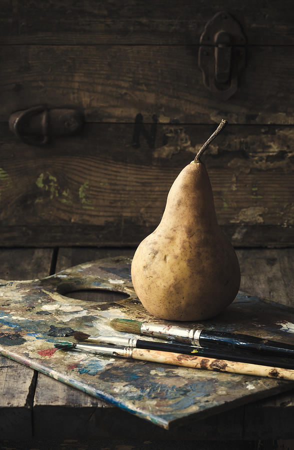 Pear Photograph - The Painters Pear by Amy Weiss