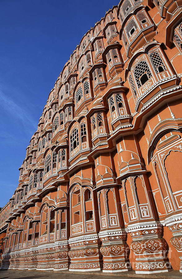 Hawa Mahal Photograph - The Palace Of The Winds In Jaipur by Robert Preston