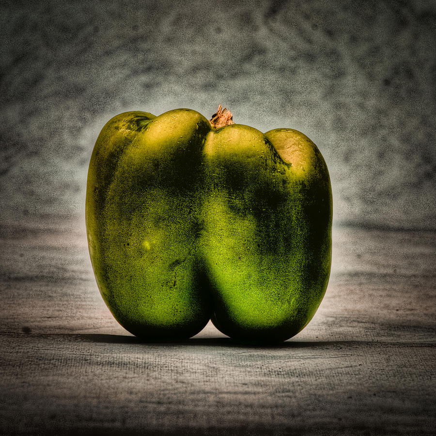 Still Life Photograph - The Pepper by Timothy Bischoff