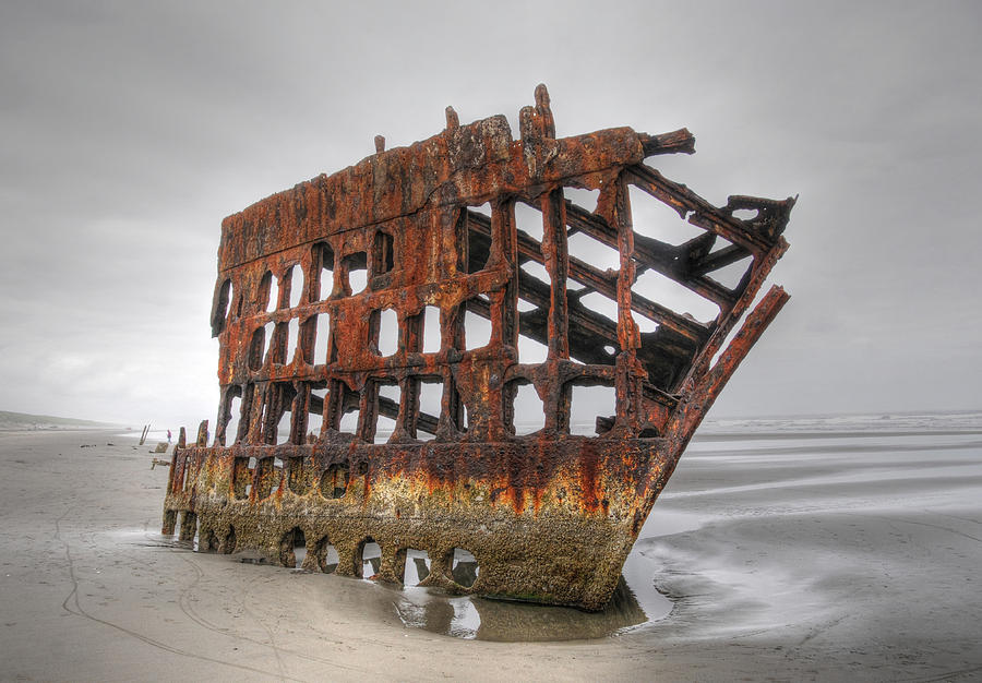 The Peter Iredale by Geraldine Alexander