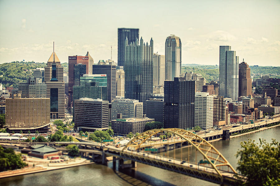 Pittsburgh Photograph - The Pittsburgh Skyline by Lisa Russo