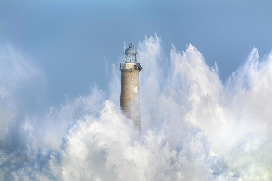 Waves Photograph - The Power Of The Sea. by Sergio Saavedra Ruiz