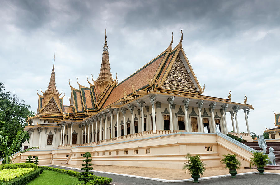 The Royal Palace And Silver Pagoda In Photograph by Tbradford