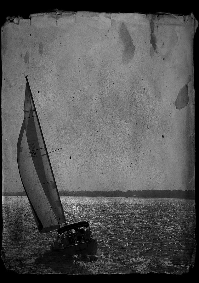 Home Decorating Photograph - The Sailboat by Bob Pardue
