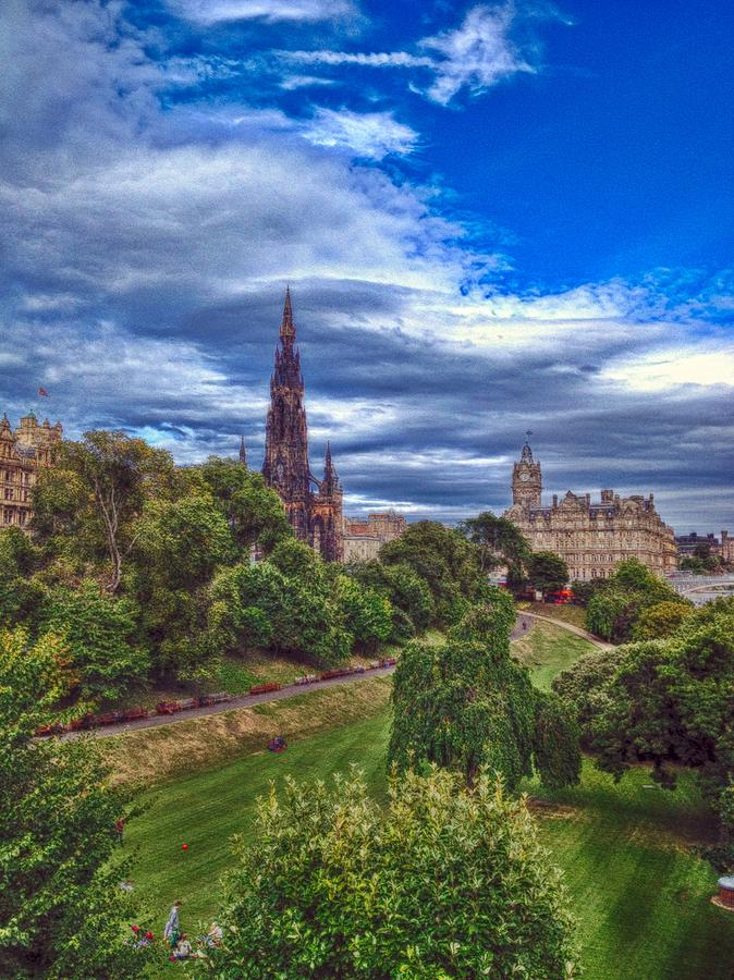 Edinburgh Photograph - The Scott by Karen Bain