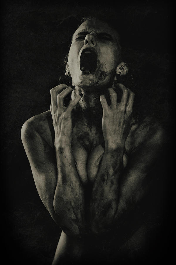 Scream Photograph - The Scream by Georgy Goryunov