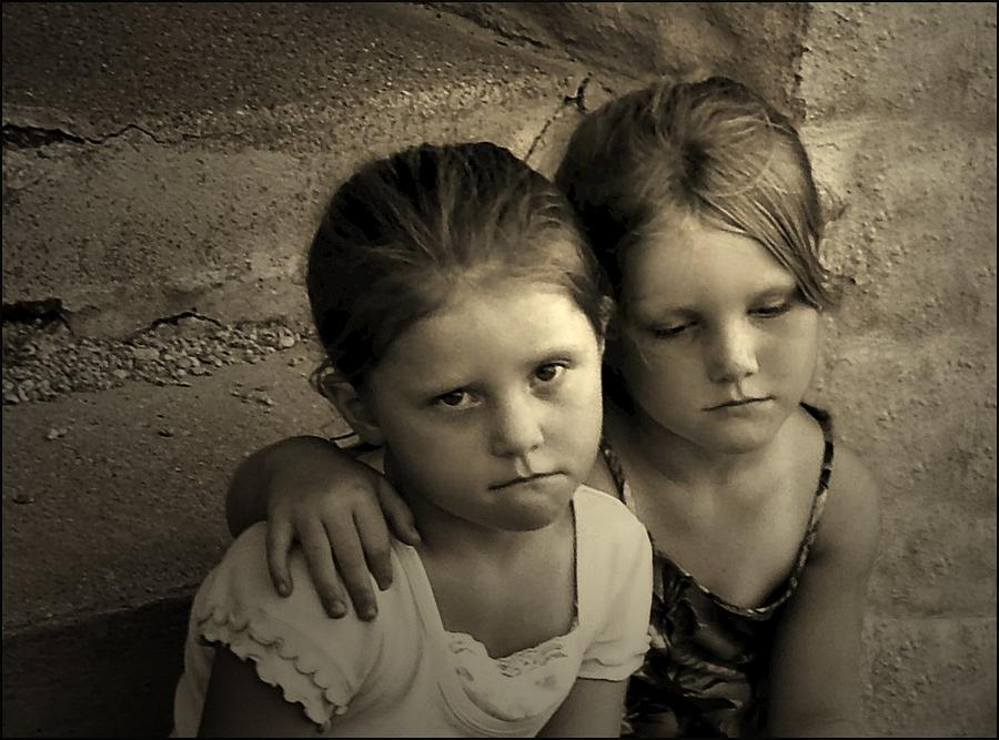 Sisters Photograph - The Sisters by Julie Dant