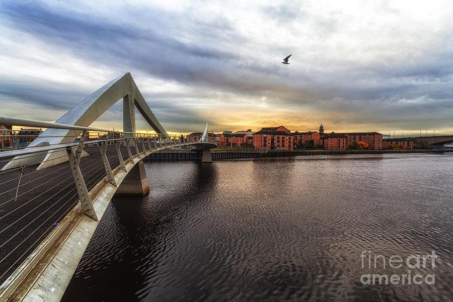 Bridge Over Water Photograph - The Squiggly Bridge by John Farnan
