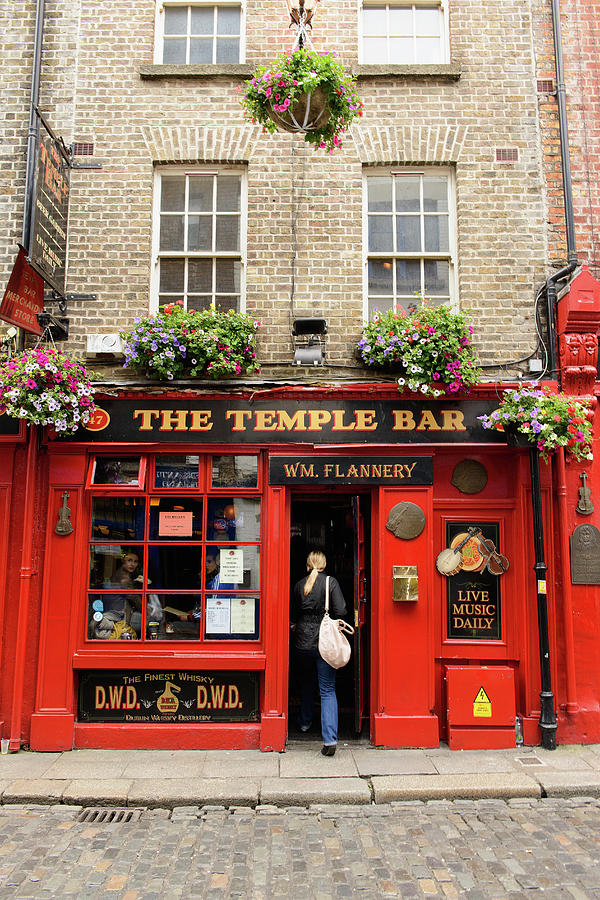 The Temple Bar Pub In Temple Bar Photograph by Cultura Rm Exclusive/matt Dutile