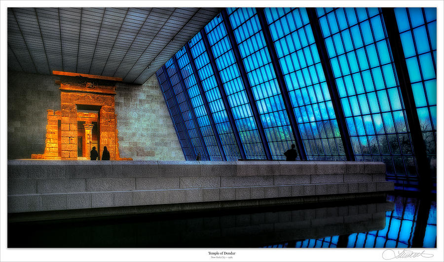 Nyc Photograph - The Temple Of Dendur by Lar Matre