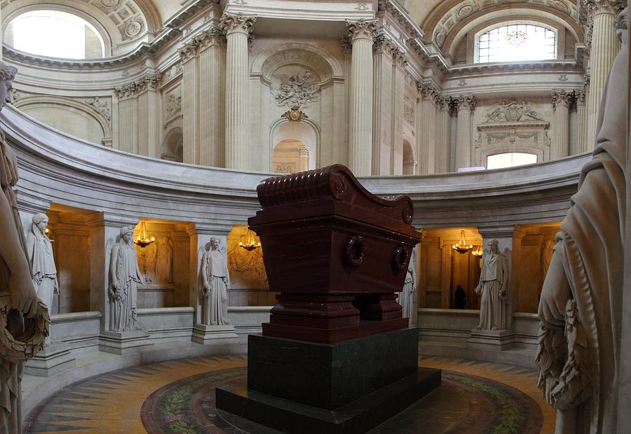 Paris Photograph - The Tombs At Les Invalides - Paris France - 011328 by DC Photographer