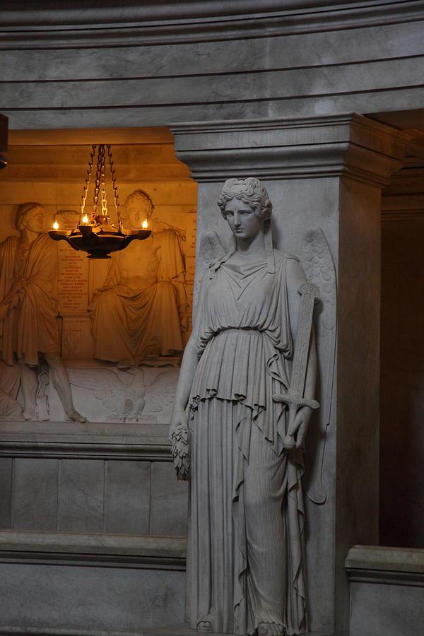 Paris Photograph - The Tombs At Les Invalides - Paris France - 011334 by DC Photographer