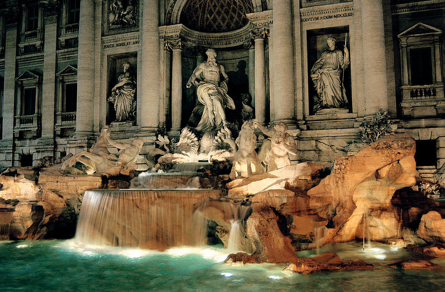 Trevi Fountain Photograph - The Trevi Fountain by Warren Home Decor