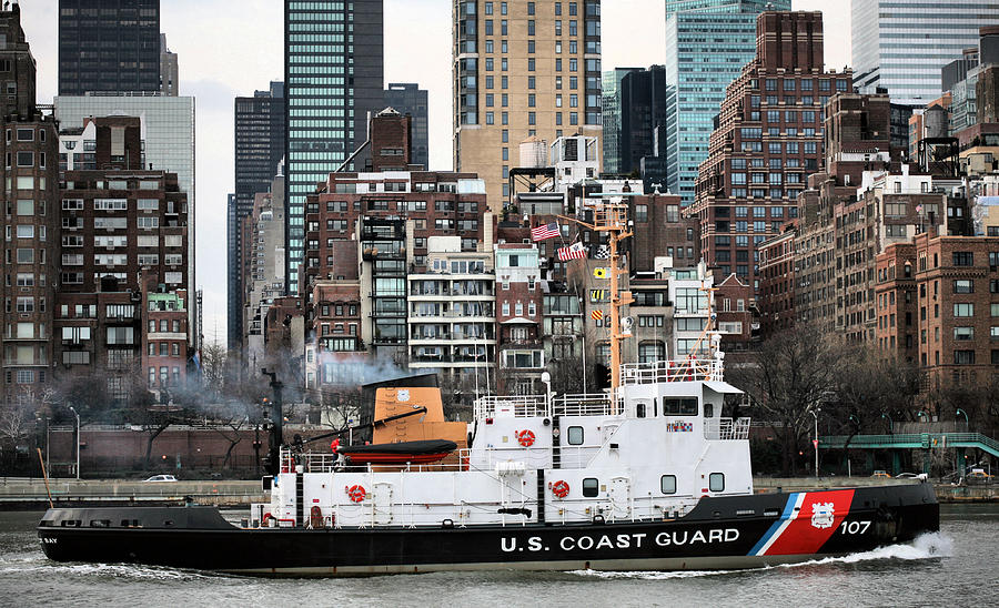 Us Coast Guard Photograph - The Uss Penobscot Bay by JC Findley