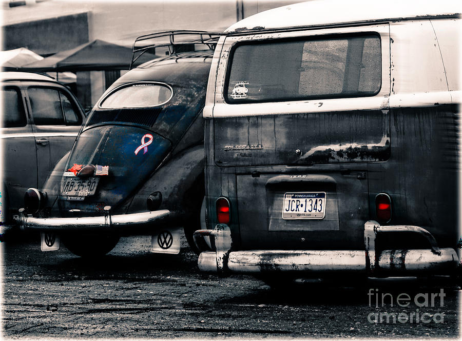 Vw Photograph - The Wagens  by Steven Digman