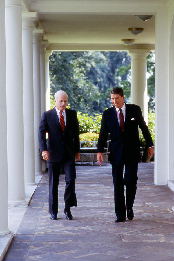 1980s Photograph - The White House, Republican Senator by Everett