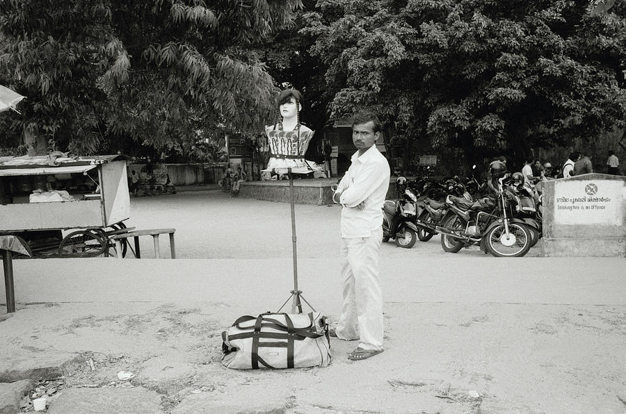India Photograph - The Wig Seller by Shaun Higson