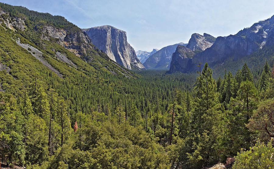 Yosemite Photograph - The Yosemite Valley by Sebastien Coursol