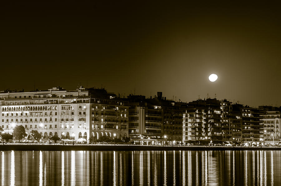 Greece Photograph - Thessaloniki At Night. by Slavica Koceva