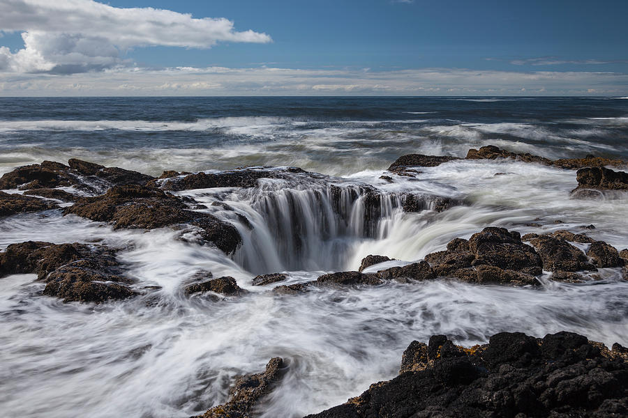 Thors Well, Oregon Coast, Pacific Ocean Photograph by Jeff Hunter