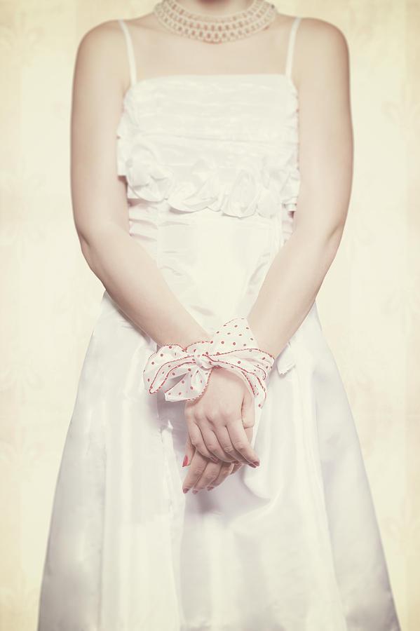 Hand Photograph - Tied by Joana Kruse