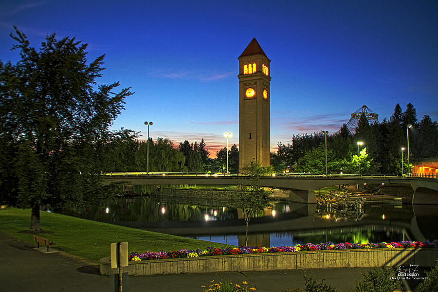 Great Northern Clock Tower Photograph - Time For Dusk by Dan Quam