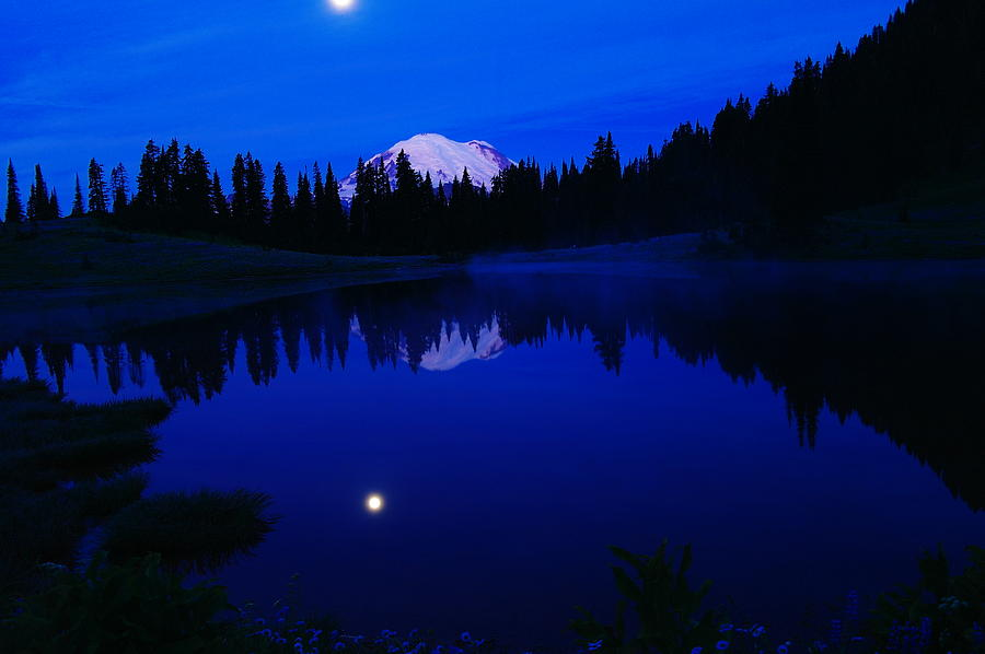 Morning Photograph - Tipoe Lake And Mount Rainer by Jeff Swan