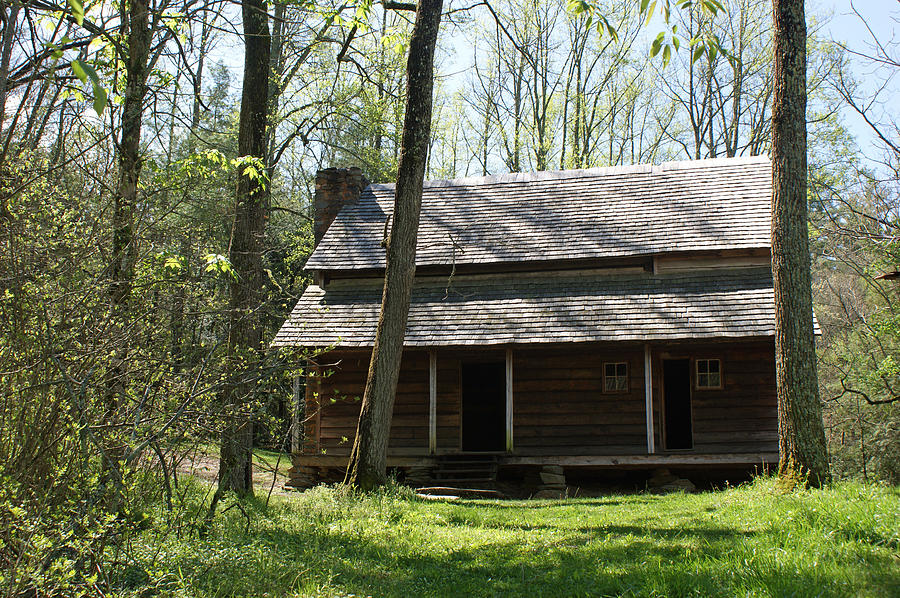 Smoky Mountains Photograph - Tipton Place In Cades Cove by Roger Potts
