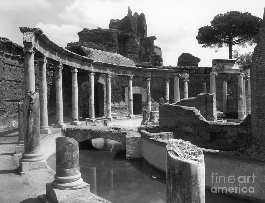 2nd Century Photograph - Tivoli Hadrians Villa by Granger