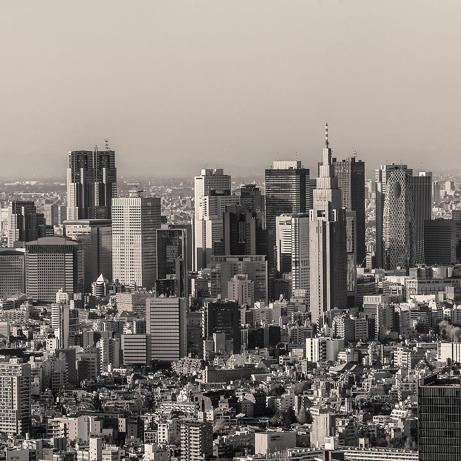 Tokyo Photograph - Tokyo 17 by Tom Uhlenberg