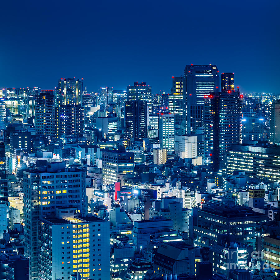 Tokyo Photograph - Tokyo 19 by Tom Uhlenberg