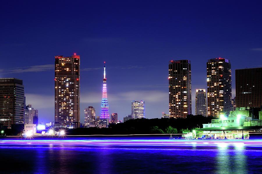 Tokyo Tower Photograph by Takuya Igarashi