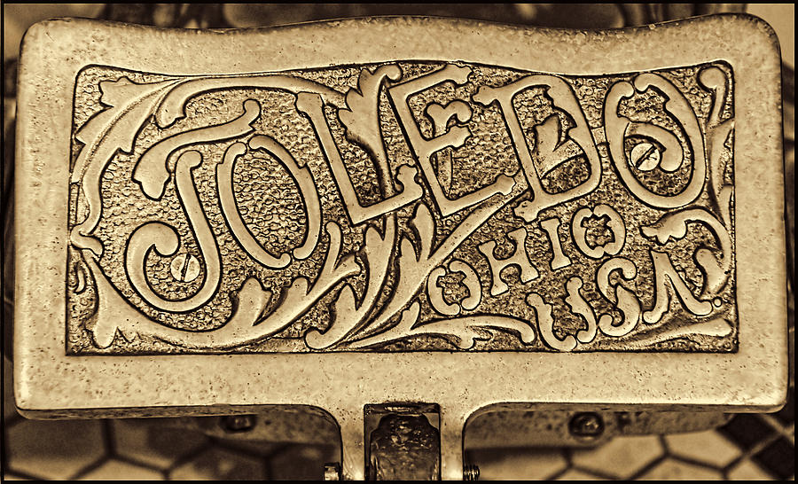 United States Photograph - Toledo Ohio Usa Art Gold by LeeAnn McLaneGoetz McLaneGoetzStudioLLCcom