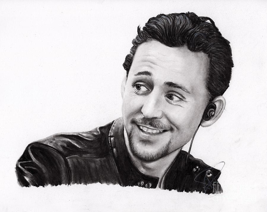 Tom Hiddleston Drawing - Tom Hiddleston 2 by Rosalinda Markle