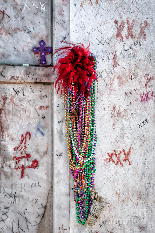 Tomb Of Marie Laveau New Orleans Photograph by Kathleen K ...
