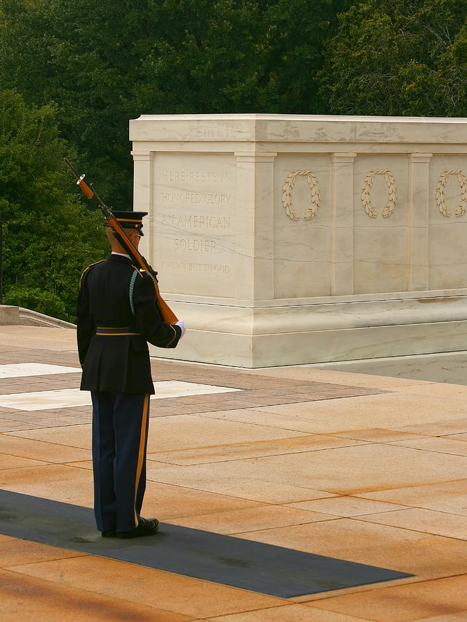 Unknown Soldier Photograph - Tomb Of The Unknown Soldier by Kim Hojnacki