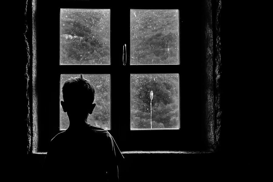 Window Photograph - Tomorrow by Claudio Montegriffo (nero)