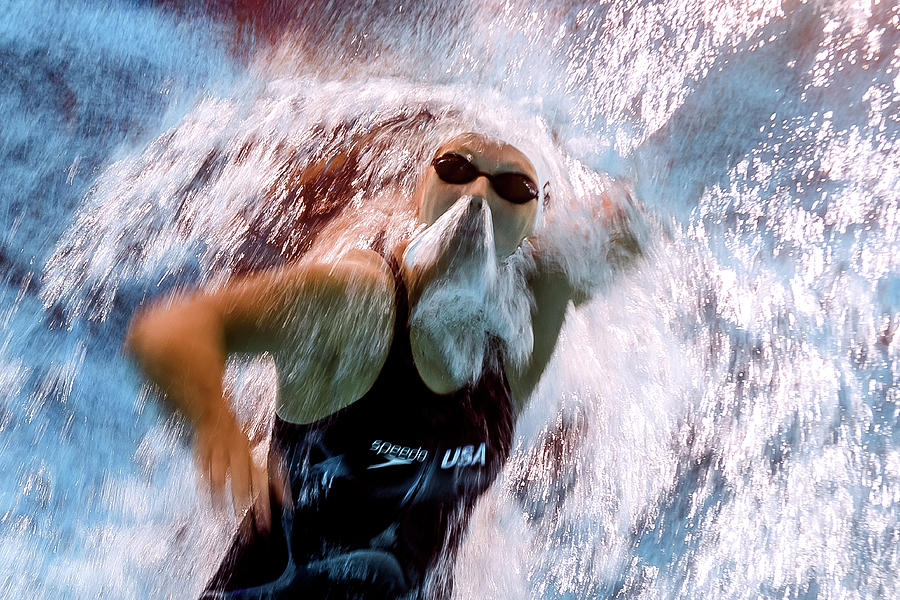 Topshot-swim-world-women Photograph by Afp Contributor
