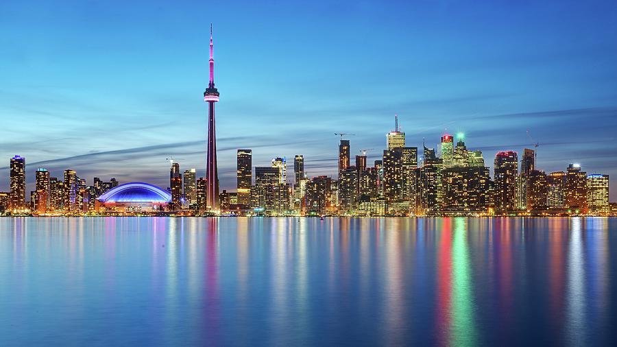 Toronto Skyline Photograph by Thomas Kurmeier