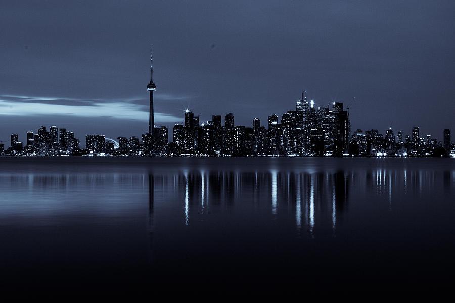 Toronto Skyscape Photograph by Milan Kalkan