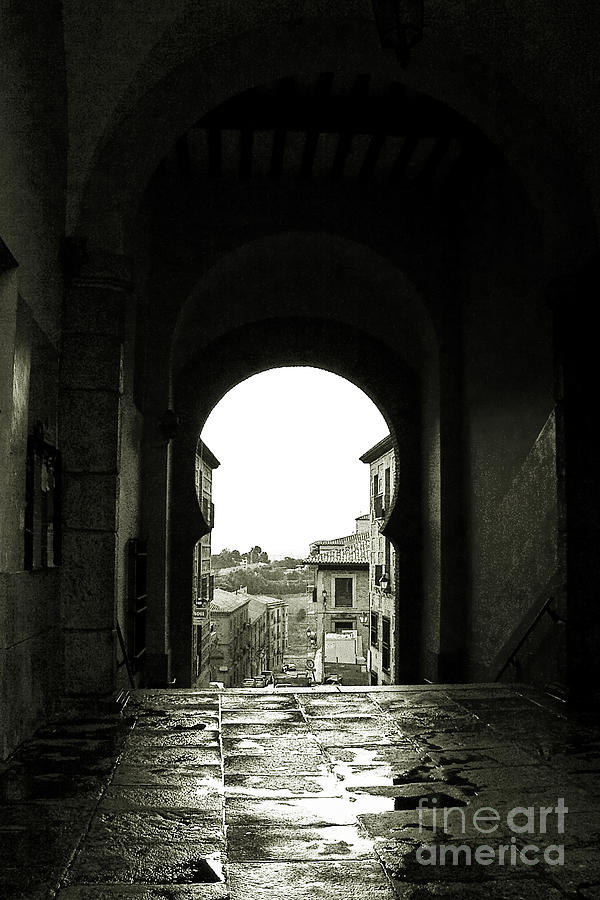 Architecture Photograph - Towards Freedom by Syed Aqueel