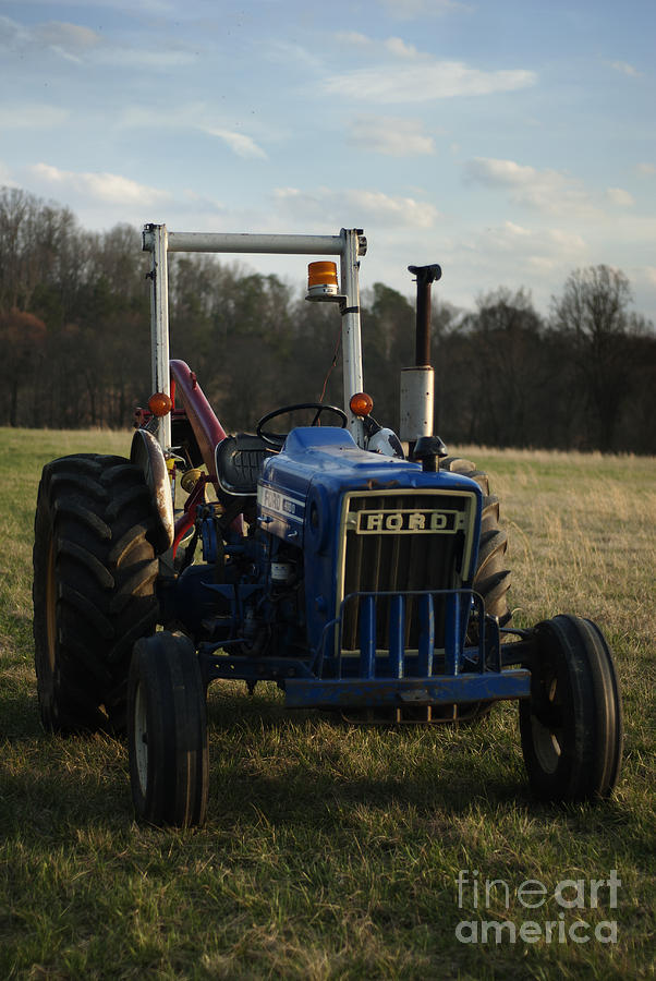 Movement Photograph - Trac and Field by Zachary Hitchcock