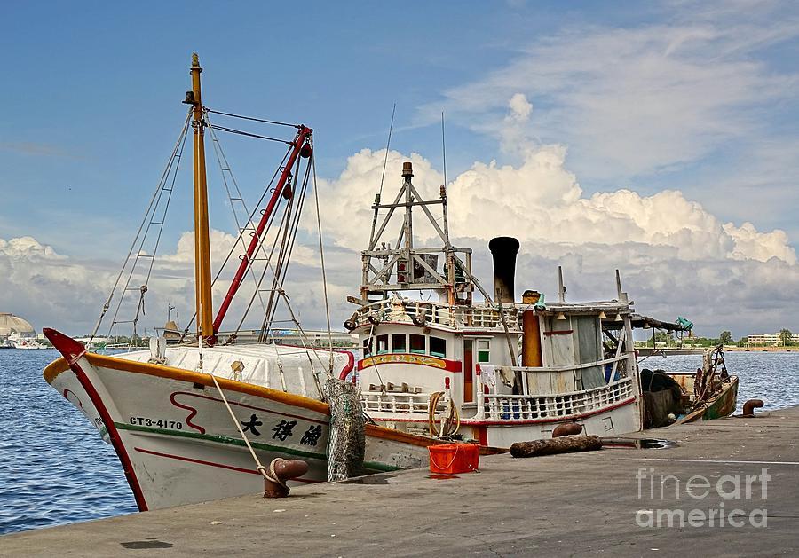 Taiwan Photograph - Traditional Taiwan Fishing Boat In Port by Yali Shi