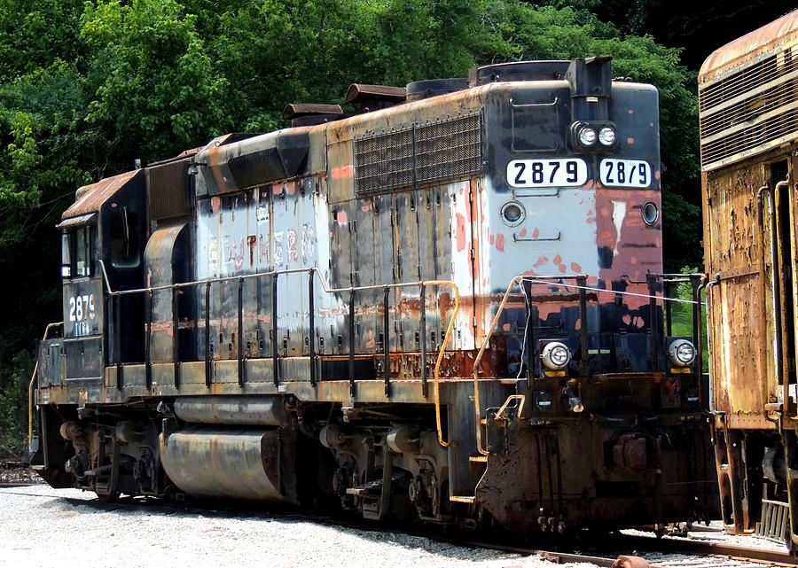 Train Photograph - Train Engine #2879 by Mark Moore