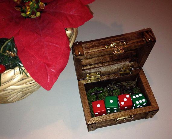 Wedding Painting - Treasure Chest Holiday Set by Laketahoedream